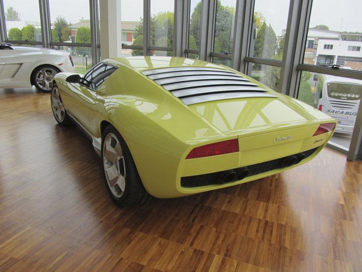 фото автомобиля Lamborghini