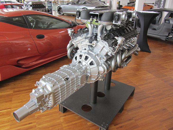 фото двигателя с коробкой Lamborghini