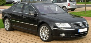 VW Phaeton 3.0 V6 front