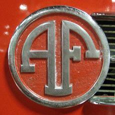 лого Ahrens-Fox