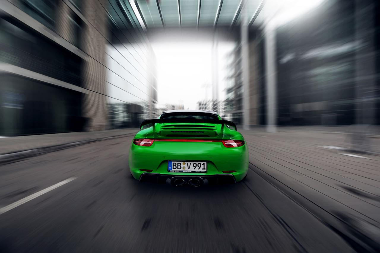 Porsche 911 Carrera 4S 7