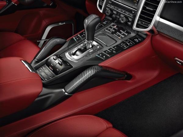 фото салона Porsche Cayenne Turbo S