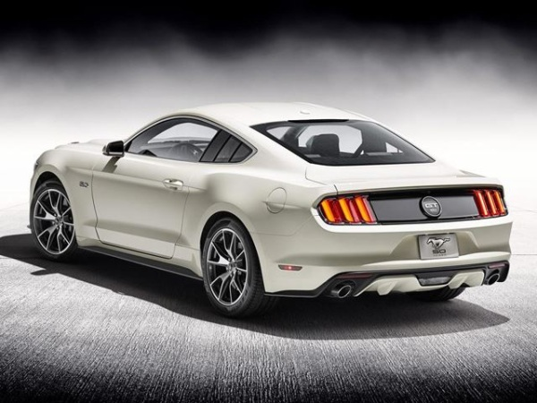 фото Mustang 50-Anniversary Edition