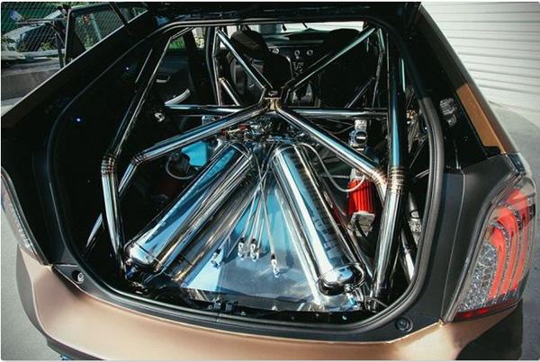 фото Toyota Prius GT-30