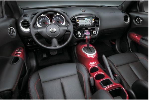 фото салона Nissan Juke