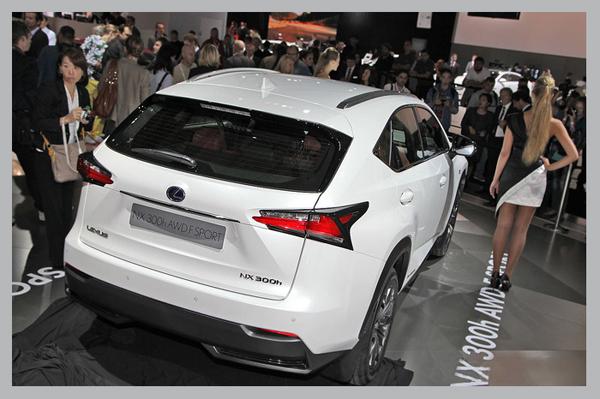 фото фото Lexus NX вид сзади