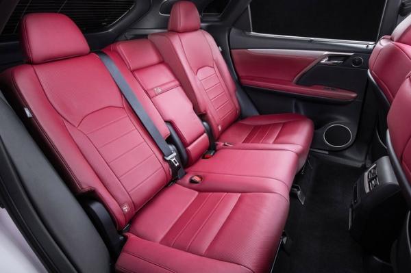 Задние кресла Lexus RX 350